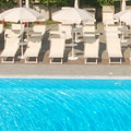 hotel with swimming pool near Naples